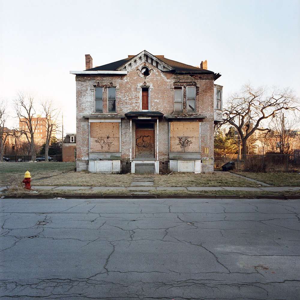 Yet another abandoned house in Detroit... - The Motorless City