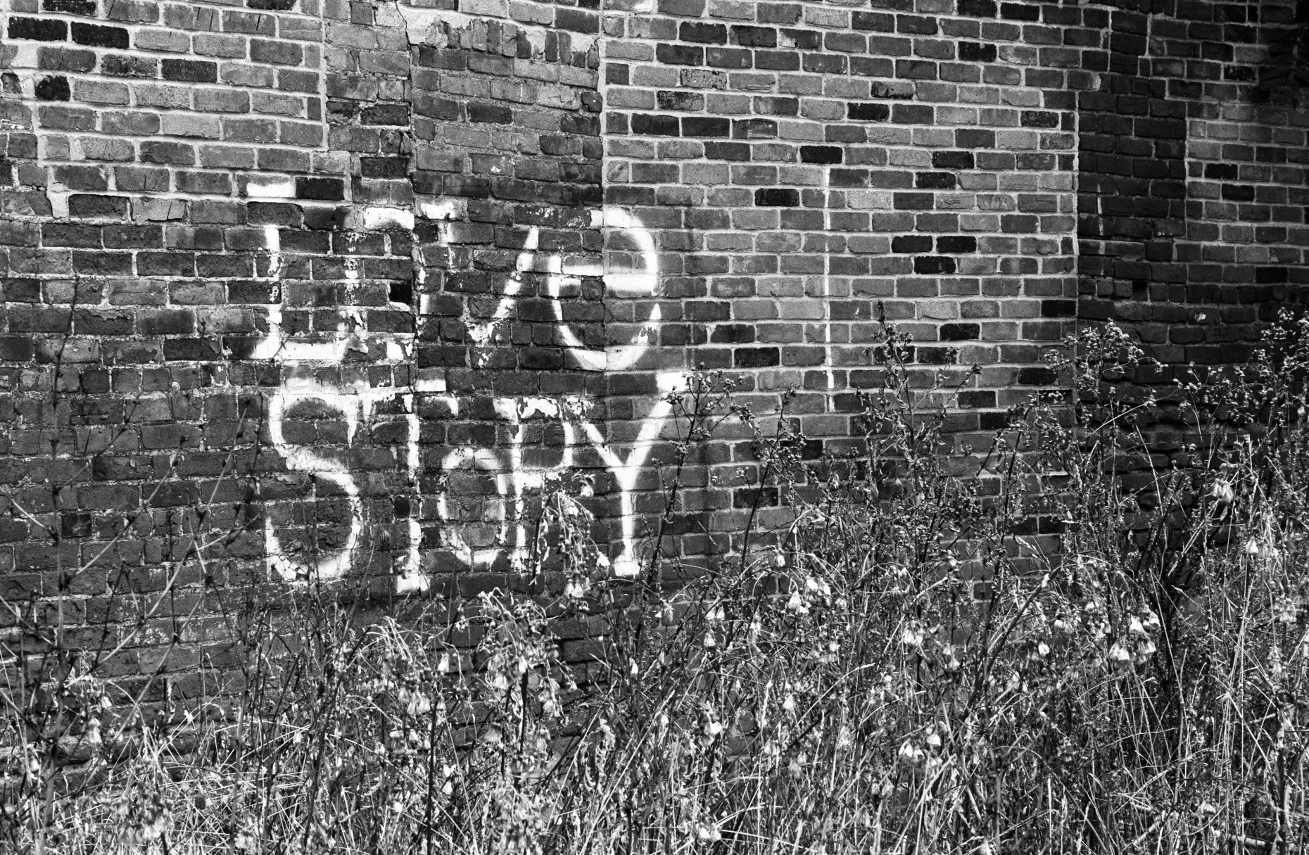 Love Story Graffiti - Detroit